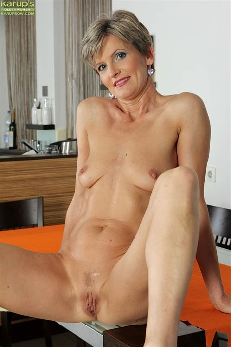 Vulva In Old Age Hot Nude Photos