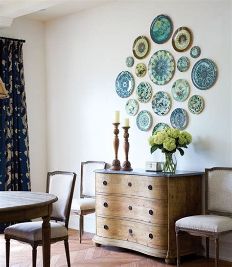 decorating  plates  creative wall displays