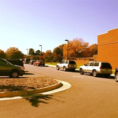 Garden Road Elementary by Sedge Garden Elementary 475 Sedge Garden Rd