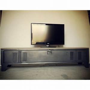 Meuble Tv Casier Industriel : vestiaire transform en meuble tv industriel metal et bois heure cr ation d co pinterest ~ Nature-et-papiers.com Idées de Décoration