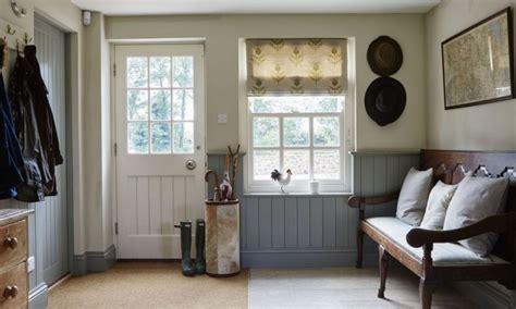 Monochrome House With Secrete Utility Room by La D 233 Co Style Cottage Anglais Nous Livre Ses Secrets
