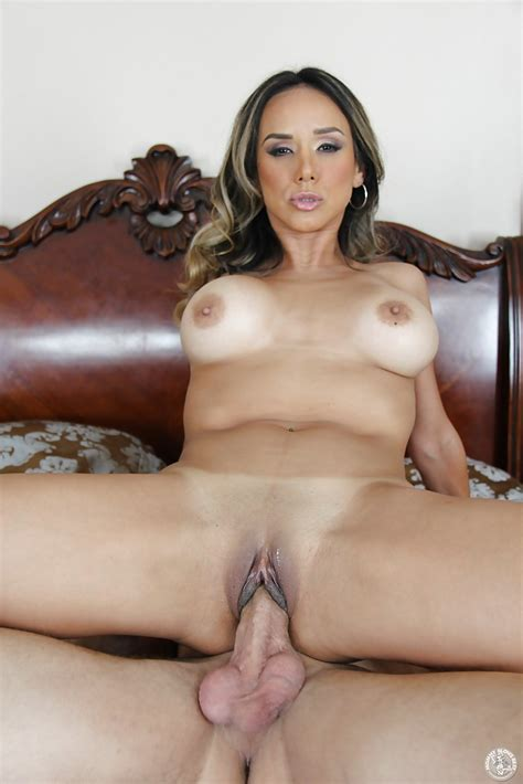 Hardcore Fuck With A Stunning Big Tits Milf Latina Nadia