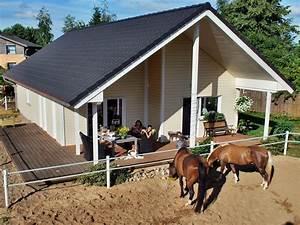 Holzhaus bis 150 000€ von Fjorborg Schwedenhaus Haus Tunö