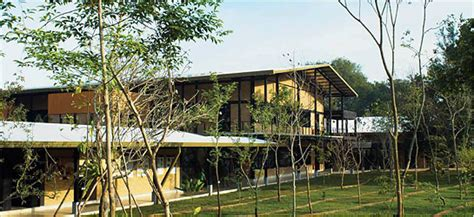 Textilfabrik Innovation Center In Katunayake by Studies Green Building Centre Tree Bali