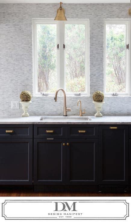 tumbled marble backsplash design ideas