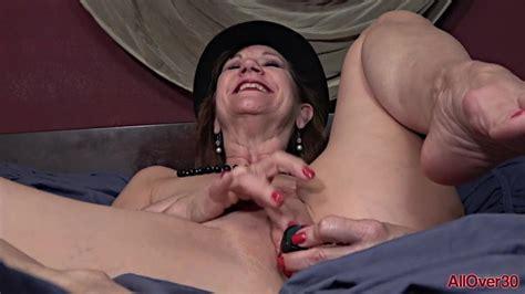Lynn Mature MILF Masturbation Fun In Bed Porn A XHamster