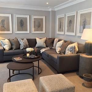 21 living room layouts with sectional for your home for Sectional couch living room layout
