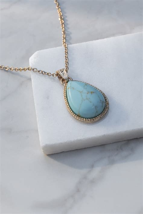 Gold Chain Necklace With Turquoise Teardrop Pendant Lime
