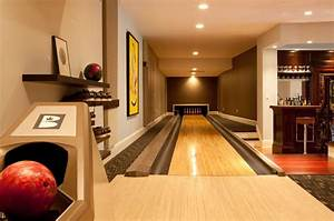 Residential home bowling alley - Contemporary - Home Gym