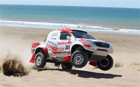toyota hilux finished   podium  dakar rally