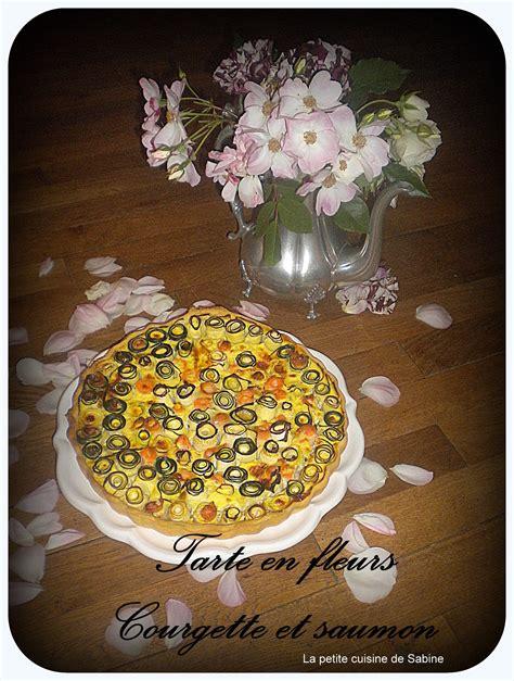 equivalence en cuisine tarte en fleurs courgette et saumon pas cher recette