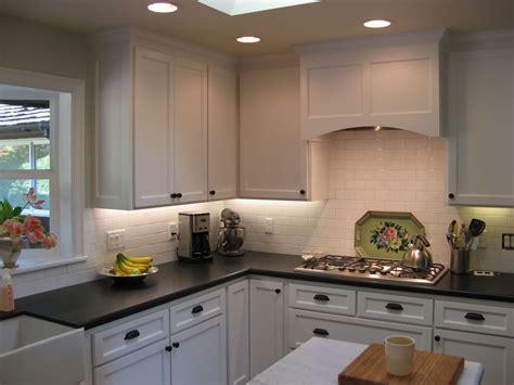 question    love white kitchens