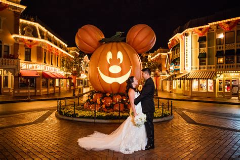 4 Ways To Have A Perfectly Themed Disney Halloween Wedding
