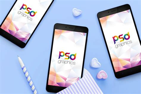 Free iphone mockups made with photoshop and given in psd format. Mobile App Screens Mockup Free PSD - UXFree.COM