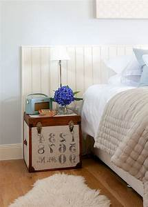 DIY Small Nightstand Table With Lamp For Rustic Modern
