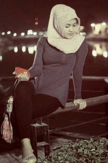 igo foto wanita cantik asli indonesia  menggunakan hijab jilbab cantik jilbab hijab