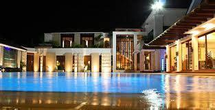 Ultimate Guide For Expat Entrepreneurs In Davao City. Hotel Donatello. Villa Foscarini Hotel. Mercure Charlestown Hotel. Arta Palace Hotel. Villa Palmas Hotel. Churfuerstliche Waldschaenke Hotel. InterContinental Shijiazhuang Hotel. Amathus Beach Hotel