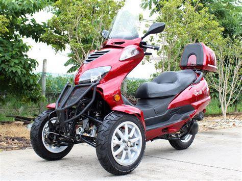 Tek Silindirli 50cc Yatay Tip Üç Tekerlekli Motosiklet