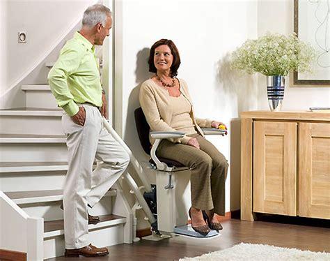 fauteuil qui monte les escaliers fauteuils ou chaises monte escaliers pratique fr