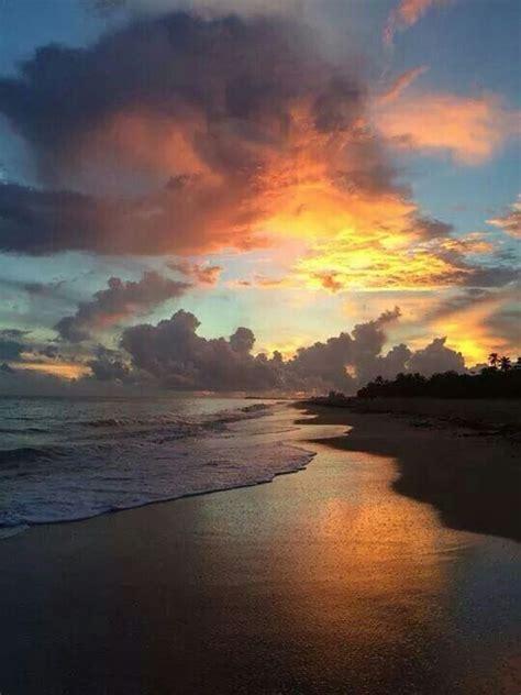 condado beach sunrise san juan puerto rico borinquen boriken