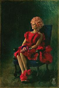 'Hunger Games: Catching Fire' poster: Elizabeth Banks as ...
