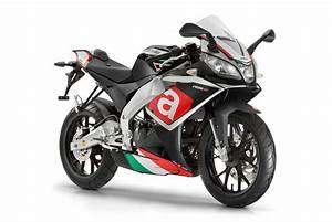 Aprilia Rs4 125 : 2017 aprilia rsv4 and tuono v4 1100 updated new aprilia tuono 125 naked sportsbike joins rs4 ~ Medecine-chirurgie-esthetiques.com Avis de Voitures