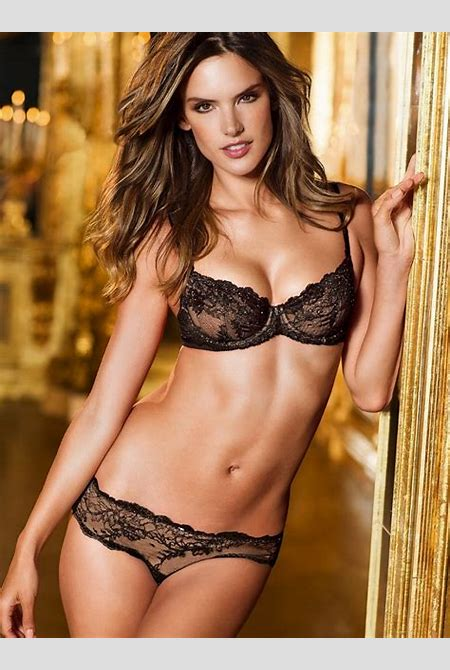 Alessandra Ambrosio Hot Pictures – Sex tapes, leaked celebs – The fappening