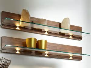 mensola in legno e vetro metis plus mensola in noce h 252 lsta werke h 252 ls