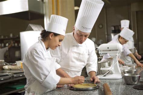 reconversion professionnelle cuisine reconversion professionnelle toutes les clés pour la réussir