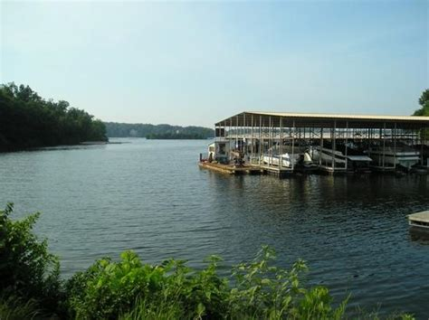 Boat Slip Rental Prices Lake Of The Ozarks by Vintage Landing By Evrentals 2018 Reviews Lake Ozark