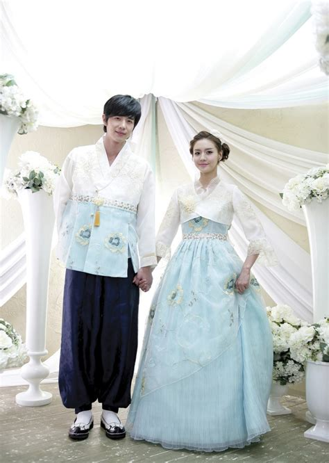 1000 Ideas About Korean Wedding Dresses On Pinterest