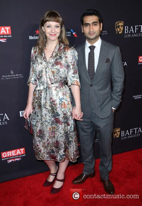 kumail nanjiani ellen kumail nanjiani news photos and videos contactmusic