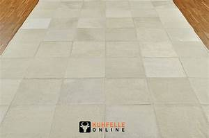 Kuhfell Teppich Weiß : exklusiver kuhfell teppich weiss 180 x 120 cm kuhfelle online ~ Yasmunasinghe.com Haus und Dekorationen