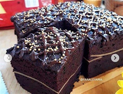Selain praktis dan cepat, resep brownies panggang ini sangatlah lezat dan nikmat. 5 Resep Brownies Kukus Super Lembut, Lagi Tren Dicampur Puding dan Es Krim
