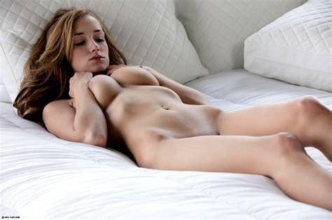 Free Gina Bellman Nudes
