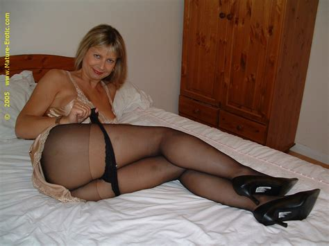 Old Pantyhose Women Tubezzz Porn Photos