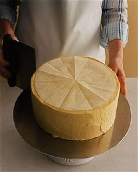 assemble  layer cake cut