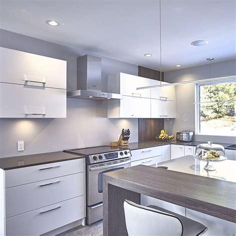 panneau armoire cuisine armoires de cuisine en thermoplastique avec panneau