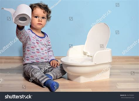 Pictures Of Babies Peeing