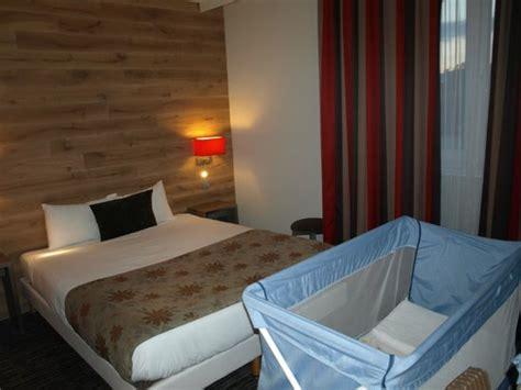 disposition des meubles dans une chambre ophrey com disposition meuble chambre bebe prélèvement
