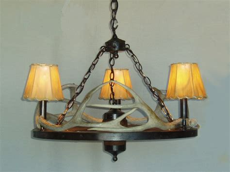 dxww033 24 3 wagon wheel antler chandelier