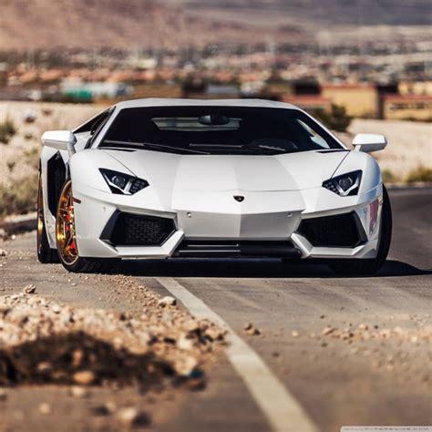 Lamborghini Avendator Roadside 4k Hd Desktop Wallpaper For