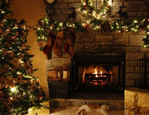 Animated Christmas Fireplace