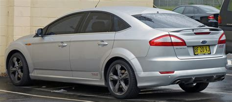 ford mondeo 2010 file 2009 2010 ford mondeo mb xr5 turbo hatchback 01 jpg