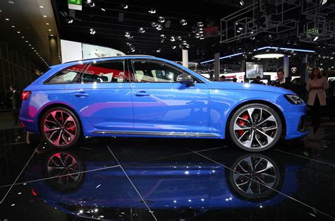 audi rs avant unveiled  lb ft torque boost