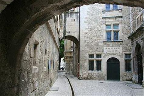 saint remy de provence france travel  tourism