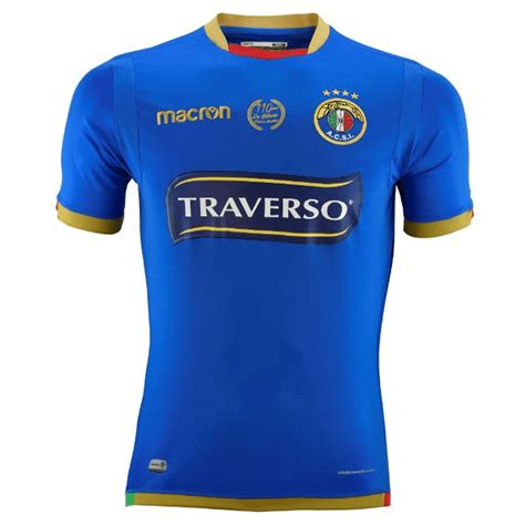Founded in 1910, it plays in the campeonato nacional and has spent most of its history in the top tier of chilean football. AUDAX ITALIANO