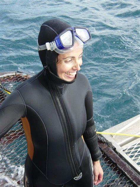 pin  colin davison  women  wetsuits