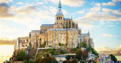 things to do in mont michel tours