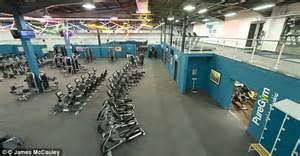 Rise of the midnight gym bunnies: 24-hour gyms with ...